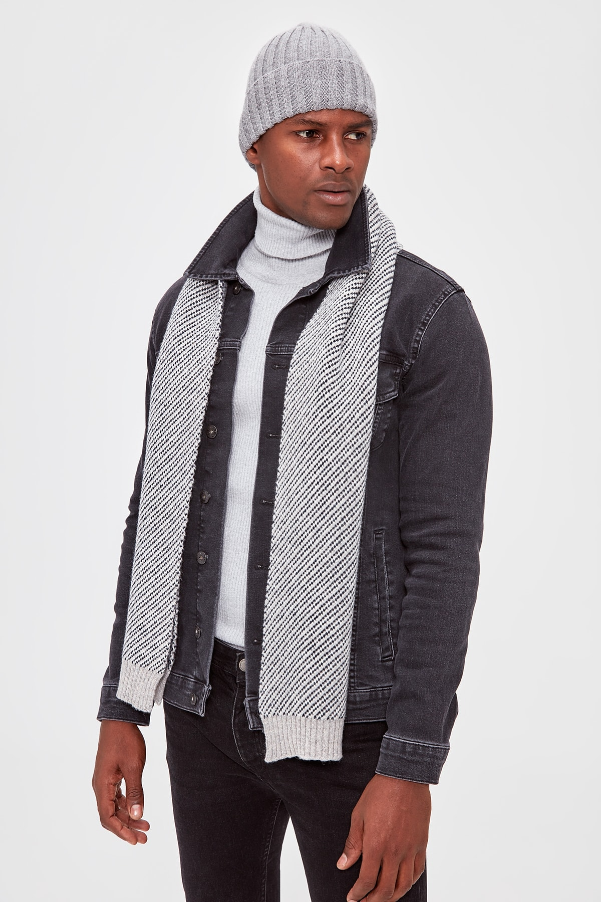 Trendyol Grey Men's Scarf Beret Suit Scarf