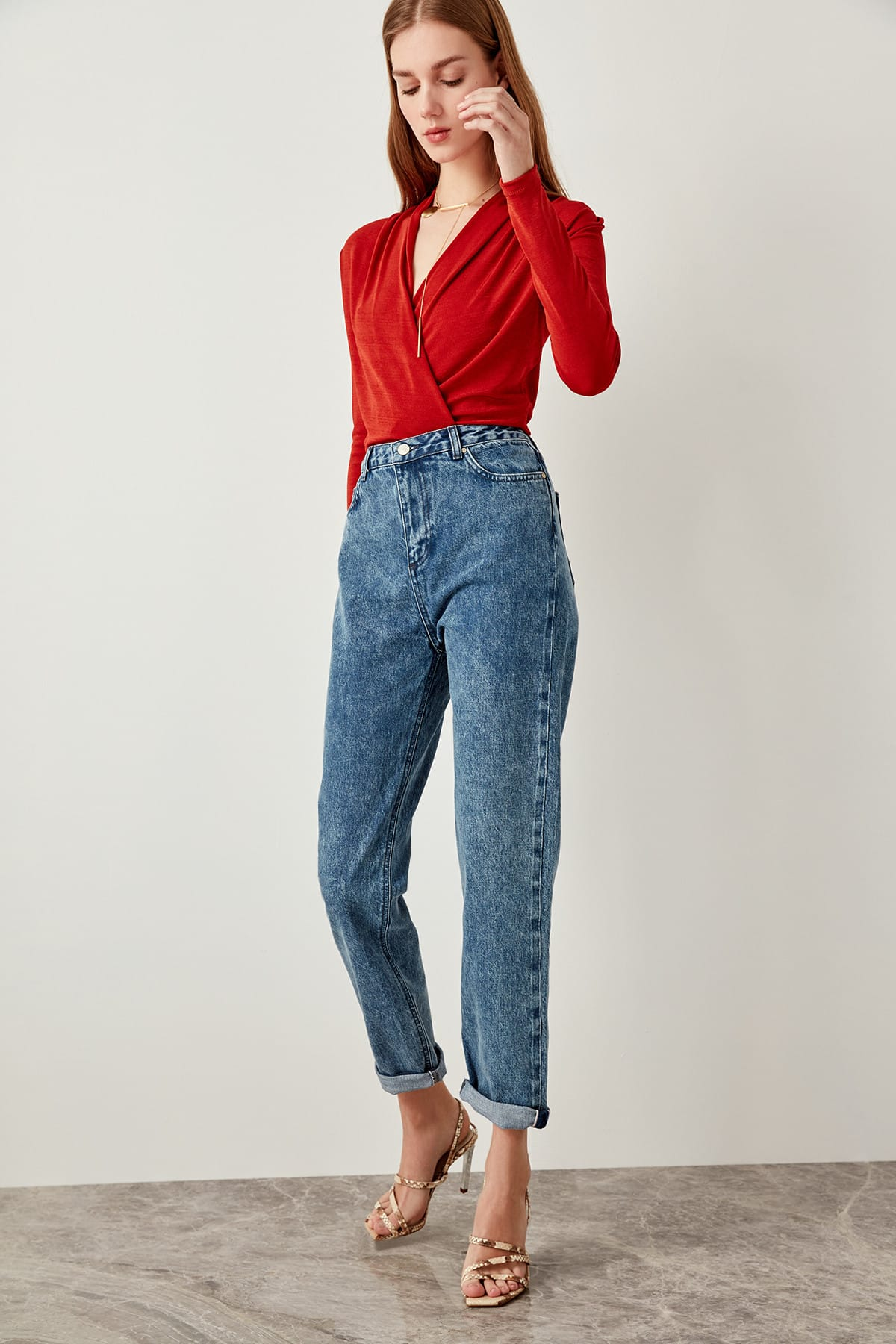 Trendyol Blue Wash-Effect High Waist Mom Jeans