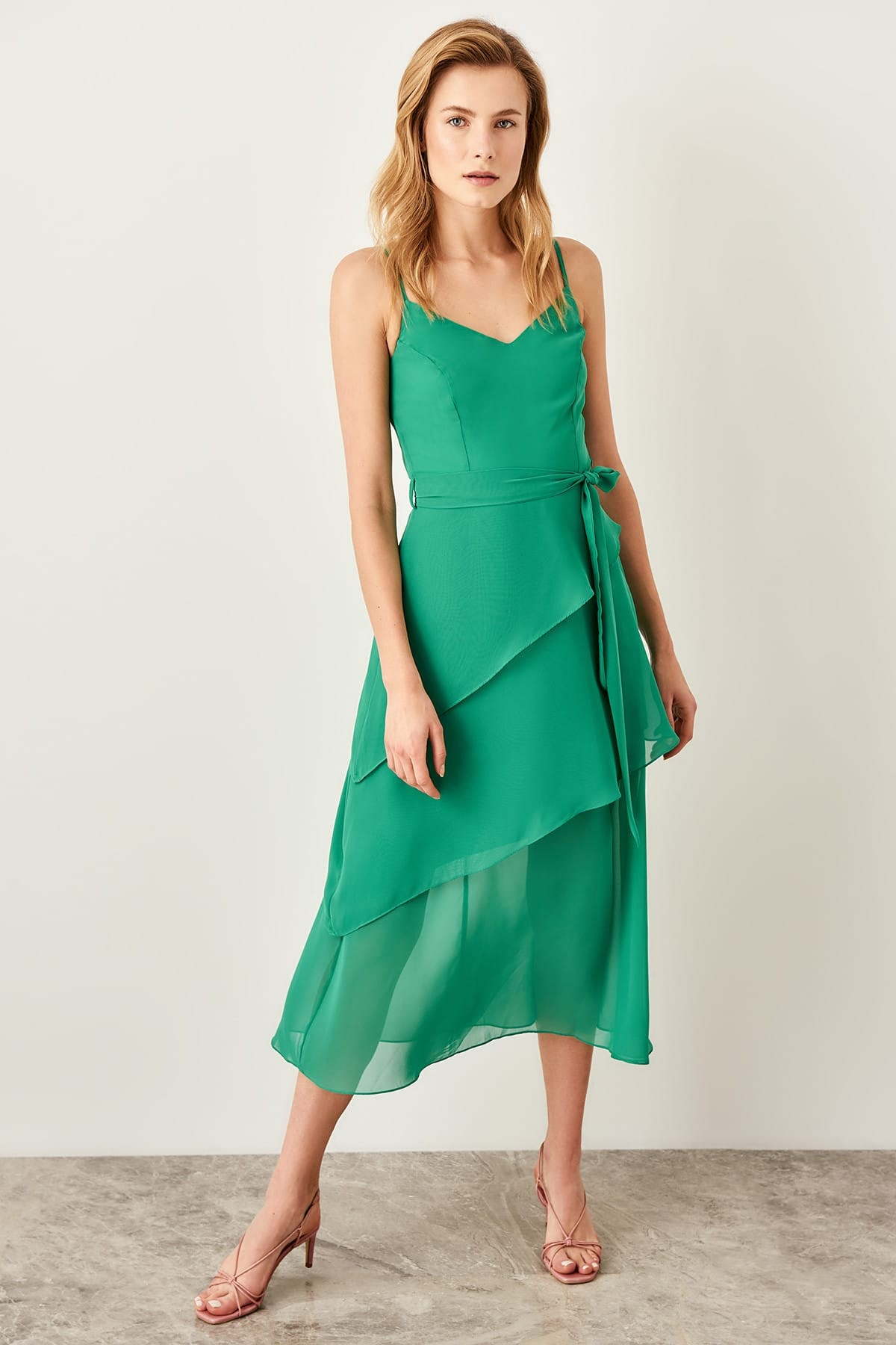 Trendy dámske šaty