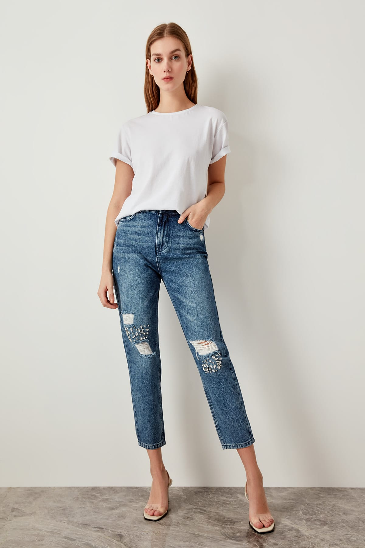 Trendyol Blue Stone Detailed Ripped High Waist Mom Jeans