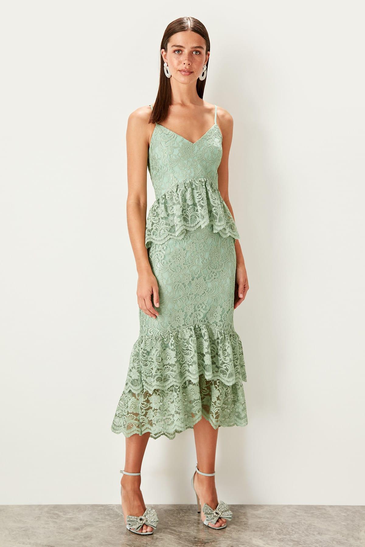 Trendyol dámske čipkované šaty s volánmi