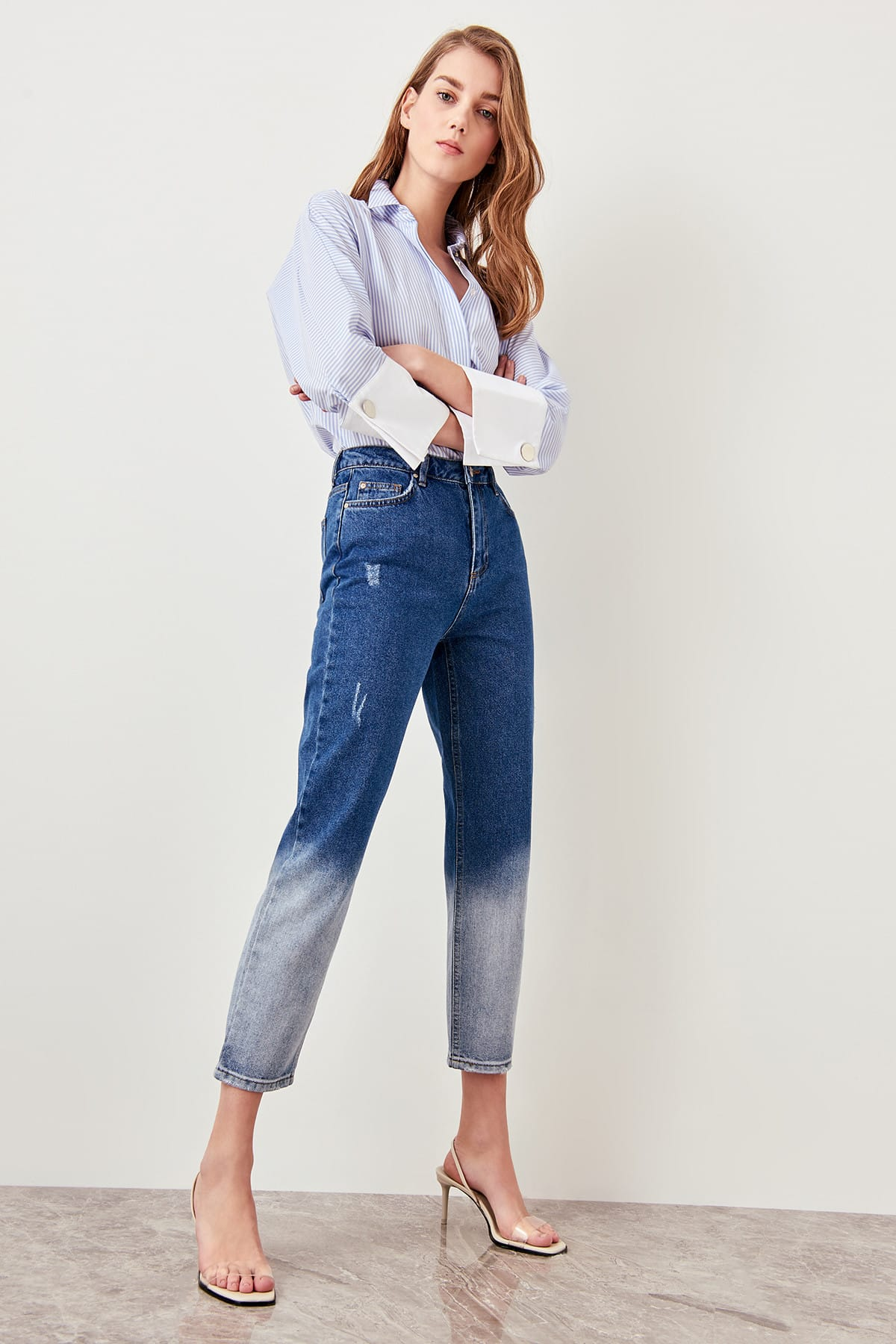 Trendyol The Mom Jeans High Waist Blue Trotting Effect Gradient