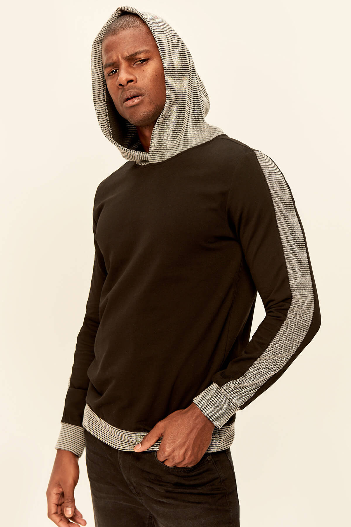 Trendyol Black Men's Sweatshirts-Hooded