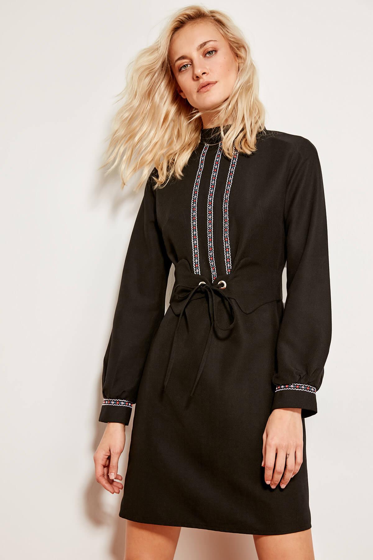 Trendyol dámske čierne šaty s opaskom