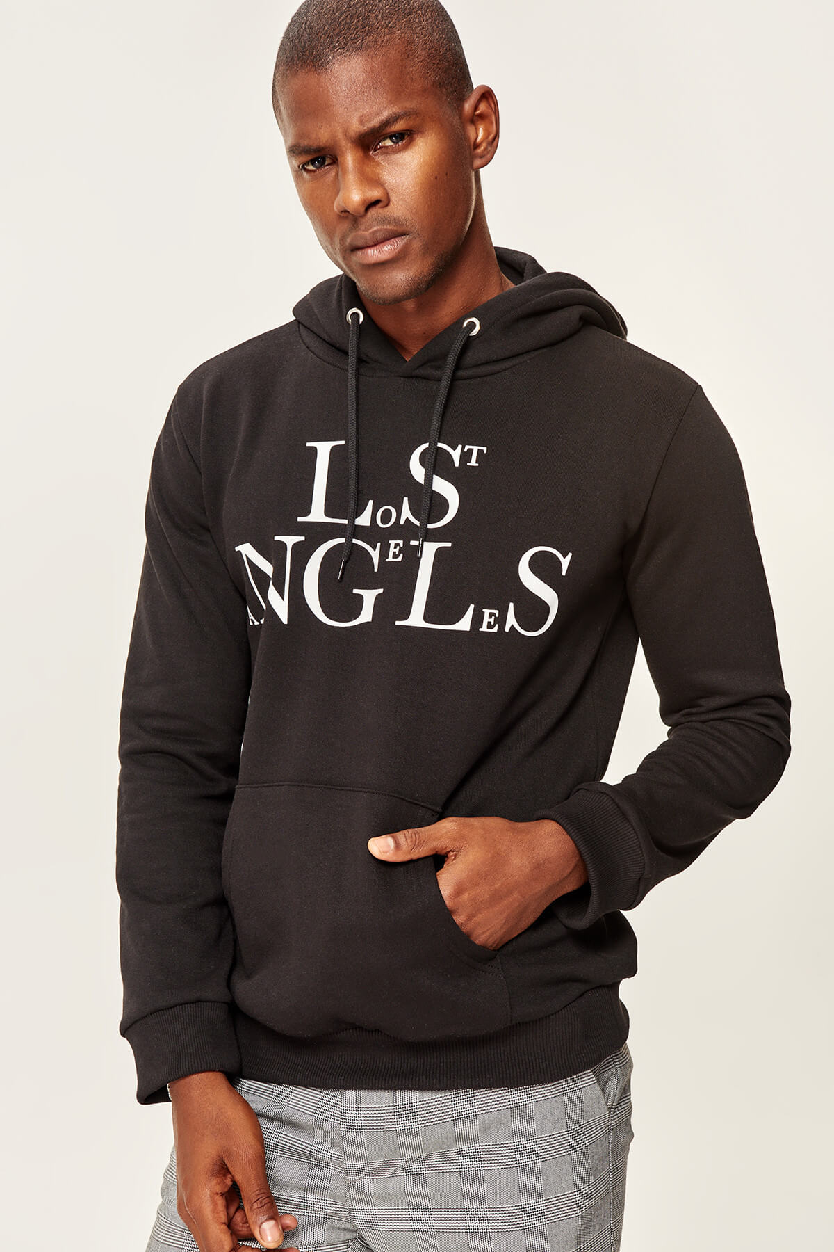 Trendyol Black Men's Sweatshirts-Hooded Kangaroo Pocket Chart-Printed
