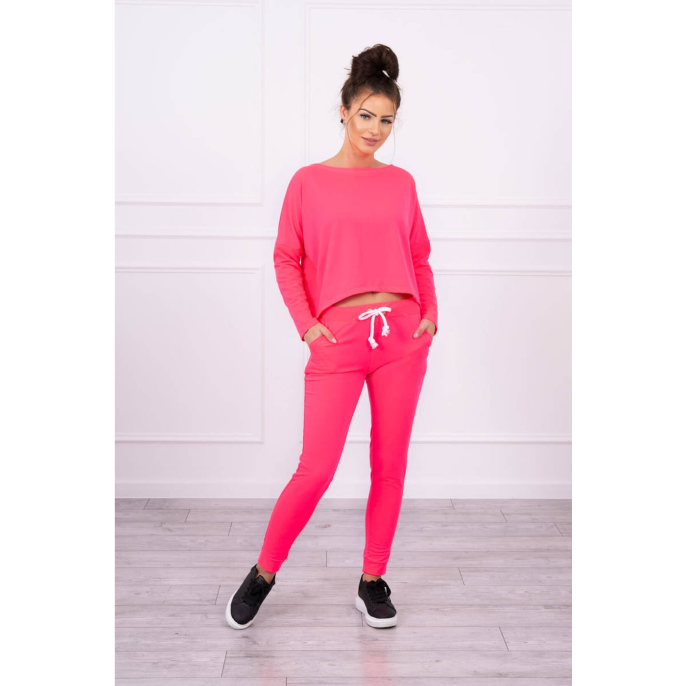 Set with oversized blouse pink neon