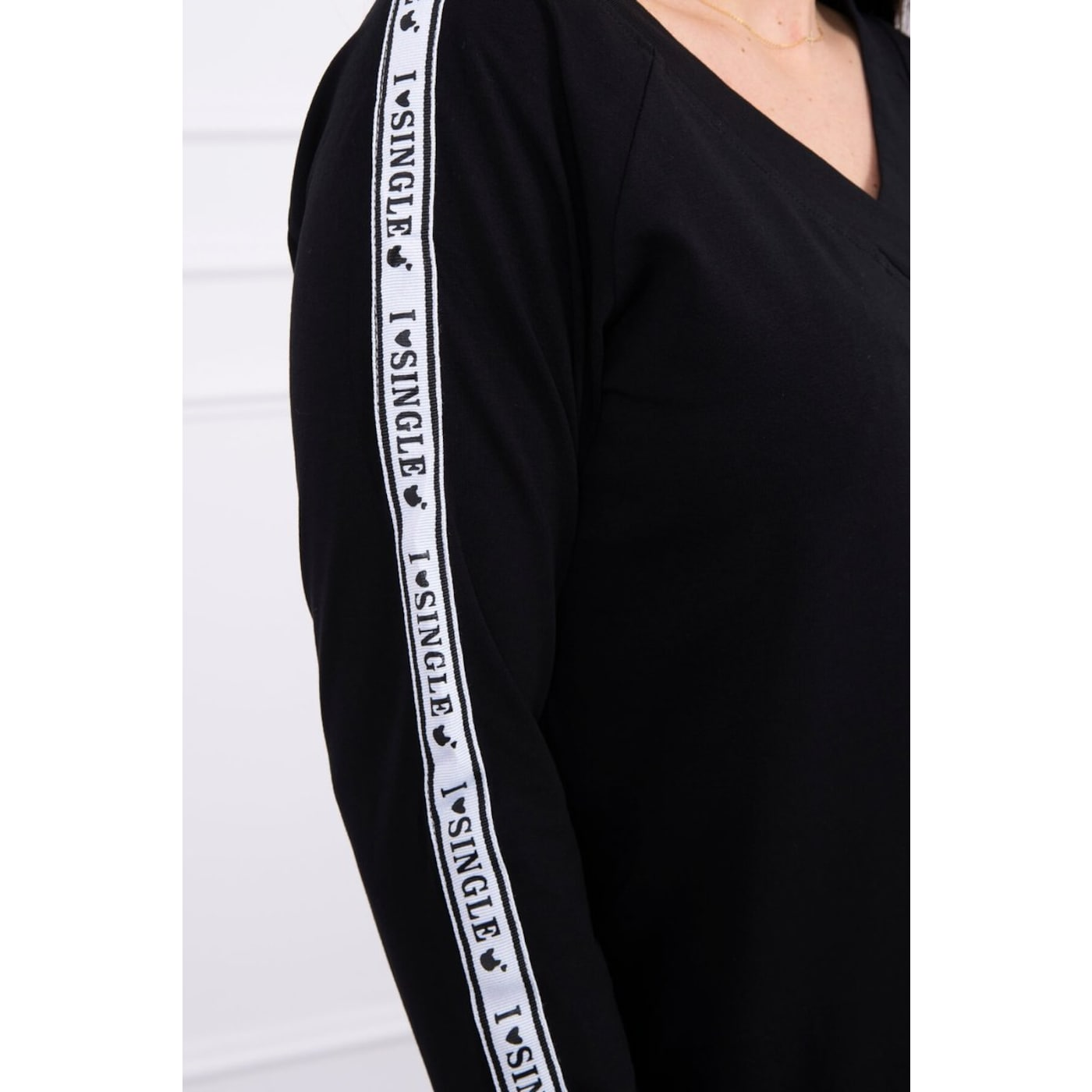 Blouse with stripe on the sleeves black S/M - L/XL